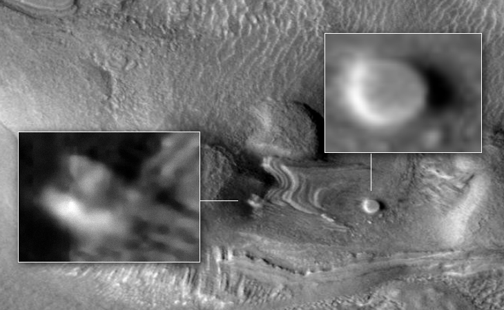 Disc-like craft and mining equipment on Martian surface