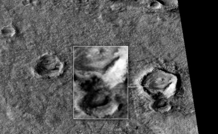 Disc-like craft and triangular craft on Martian surface