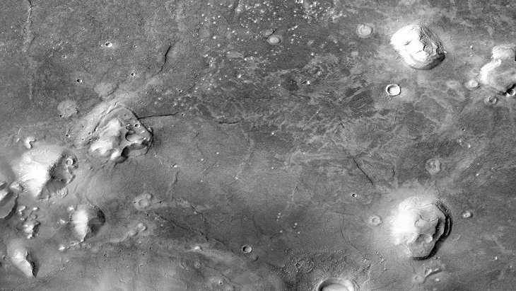 The 'Face' and Pyramids in Cydonia