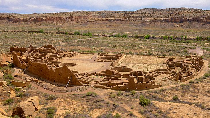 Puebloan ruins at Chaco Canyon