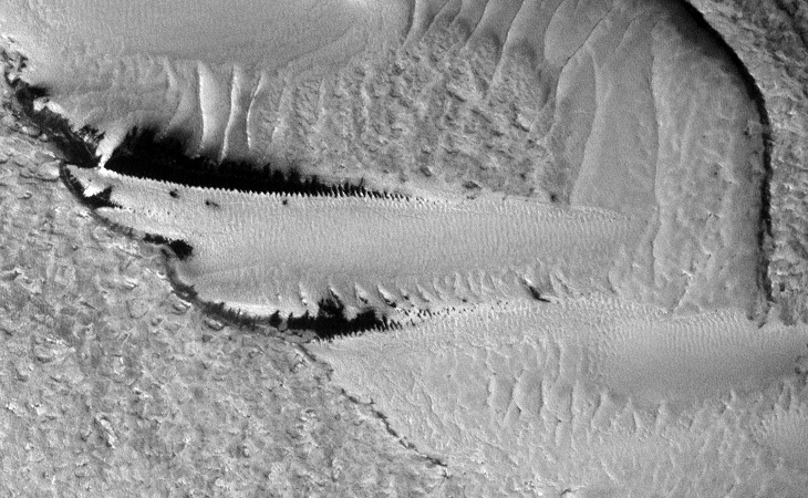 Strange Parallel Lines found on Mars - IV